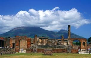 Day trip to Pompeii & Naples – Leaving from Rome