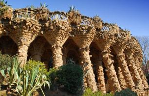 Barcelona Bus Tour and Visit of the Sagrada Familia and the Poble Espanyol