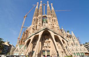 Guided Tour of Sagrada Familia – Fast-track entry tickets