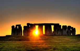 Private tour of Stonehenge at sunrise, tour of Lacock and Bath, departing from London